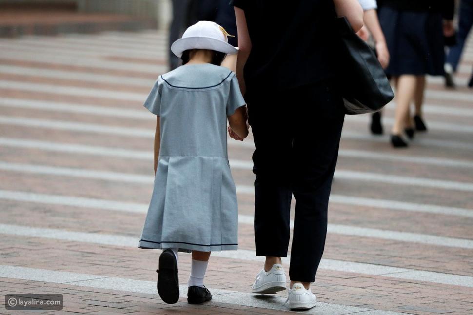 التعامل مع طفلكِفي الأماكن العامة