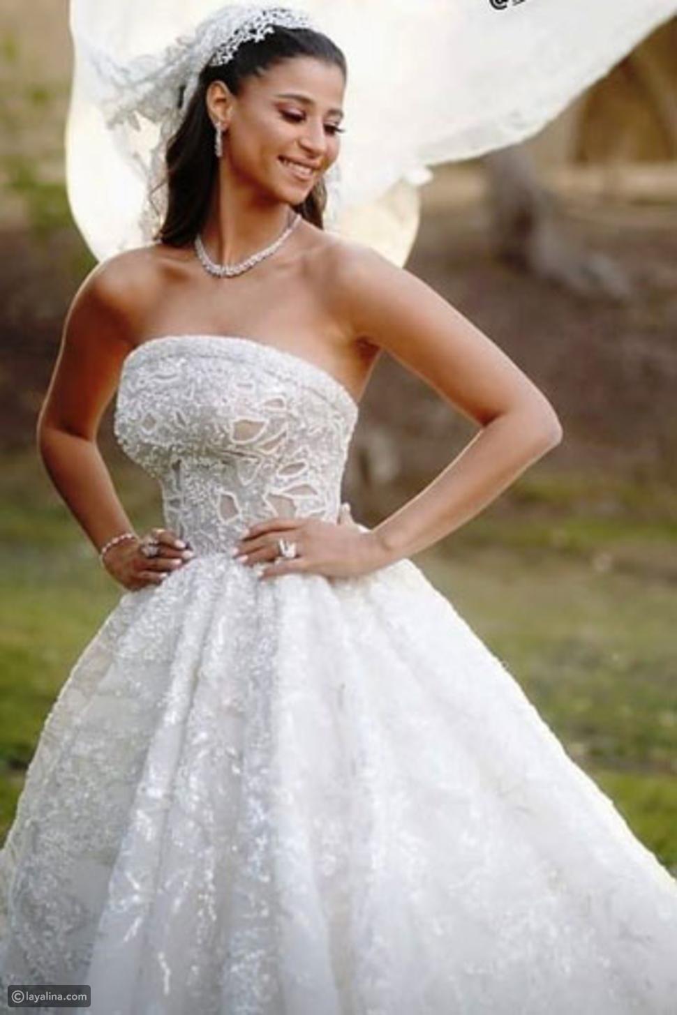 حفل زفاف دينا داش يخطف الأضواء والعروس تبهر المتابعين بعفويتها
