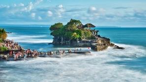 اندونيسيا... جمال الطبيعة وسحر المناخ