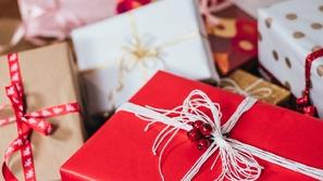 إتيكيت اختيار الهدايا