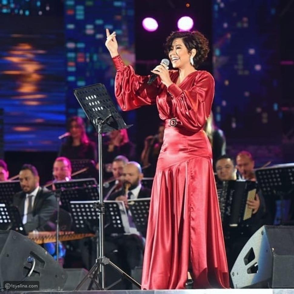 إطلالة شيرين في حفلها في السعودية ضمن فعاليات موسم الرياض