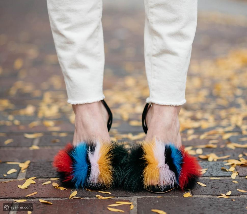أحذية مزينة بالفرو