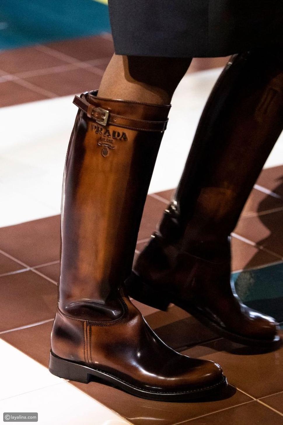 أحذية ركوب الخيل في عرض أزياءبرادا لربيع وصيف 2020