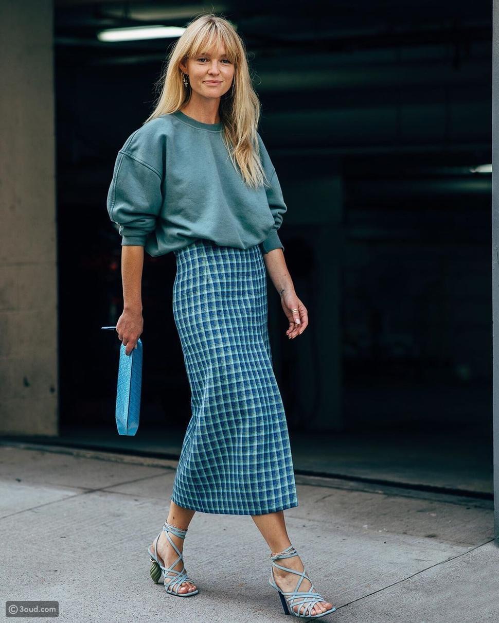 تنورة طويلة بتصميم بينسل سكيرتpencil skirt