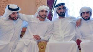 محمد بن راشد آل مكتوم يحتفل بعقد قران 3 من أبناءه معاً في يوم واحد