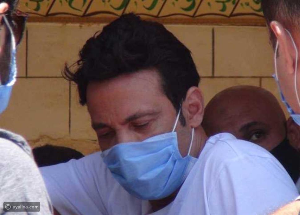 سعد الصغير من جنازة حسن حسني