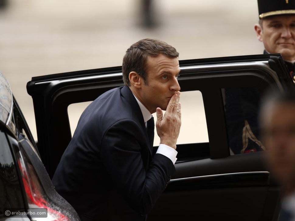 قصة إحراج رئيس فرنسا بسبب سيارته الخاصة