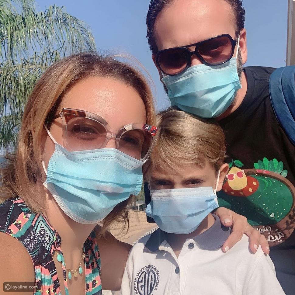 ريهام عبد الغفور مع ابنها وزوجها