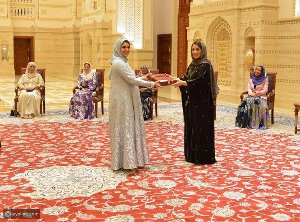 تكريم المرأة العمانية