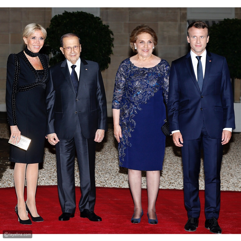 سيدة فرنسا الأولى بريجيت ماكرون ورئيس فرنسا إمانويل ماكرون مع رئيس لبنان ميشيل عون وزوجته ناديا