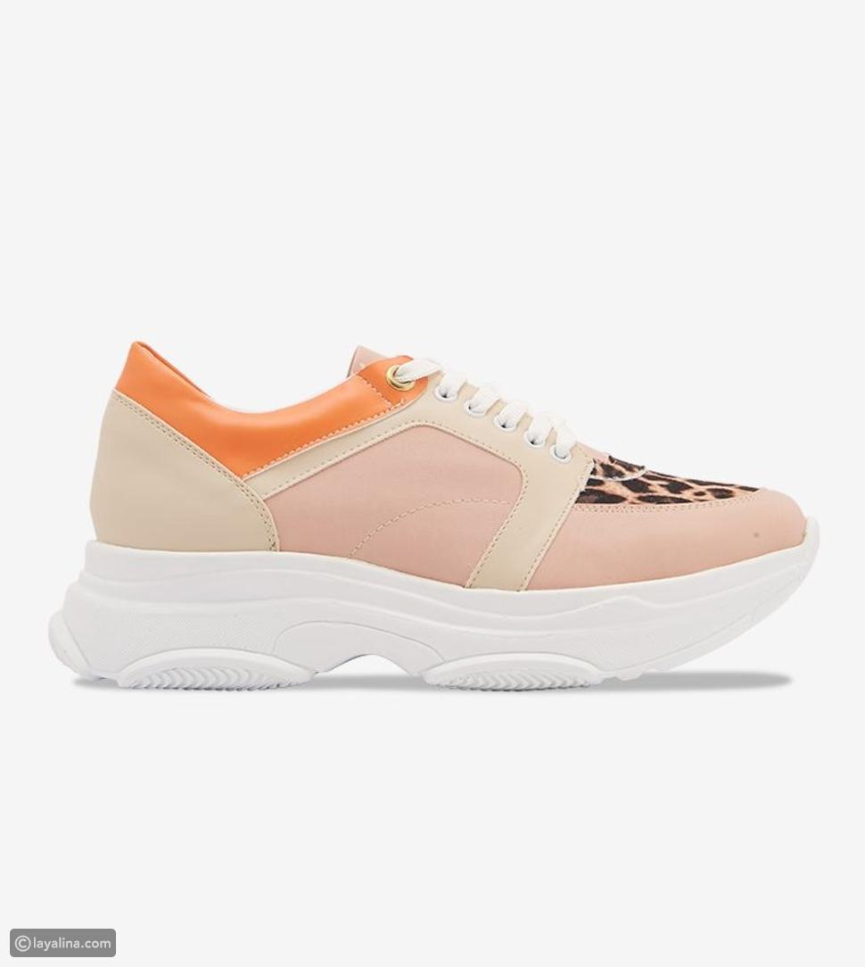 أحذية سنيكرز بنعل سميك على الموضة