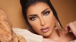 فيديو دنيا بطمة تكشف لأول مرة سبب خلافها مع مريم سعيد.. ولهذا عاتبتها