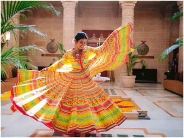 بريانكا تشوبرا تحتفل بطقس