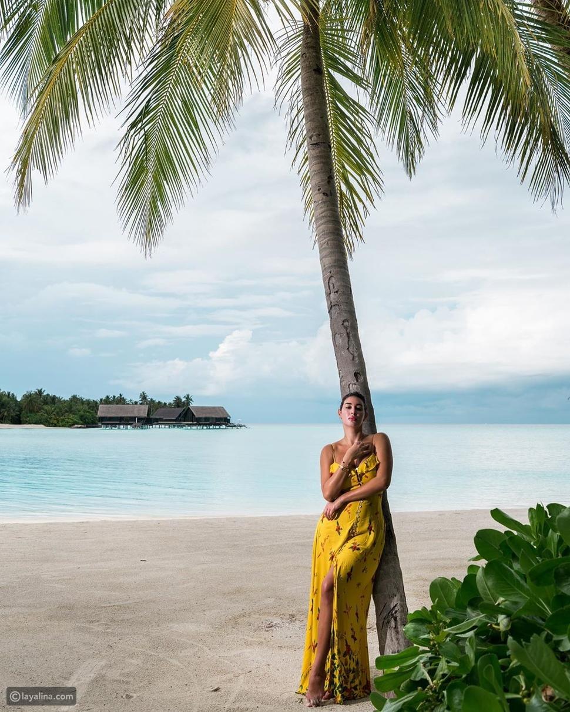 ياسمين صبري تستعرض رشاقتها على شواطئ المالديف