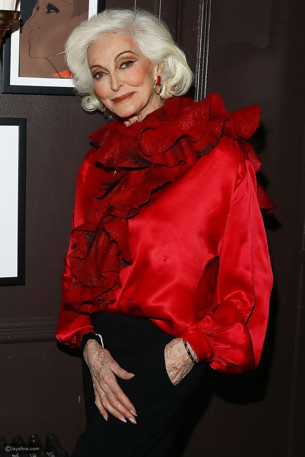 عرضة الأزياء Carmen Dell'Orefice