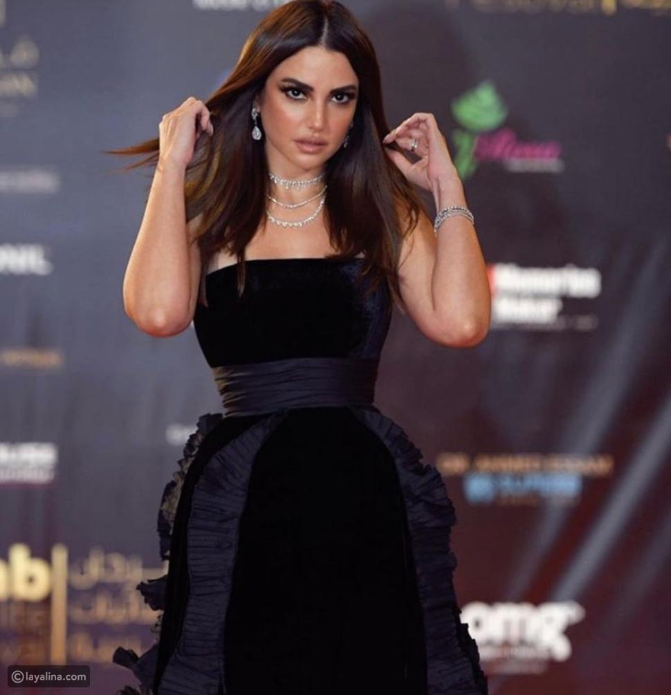 سعر خرافي لفستان درة في مهرجان الفضائيات العربية