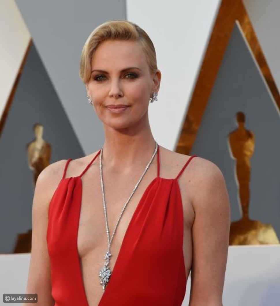 صور لأجمل المجوهرات التي زينت الممثلات على السجادة الحمراء في حفل توزيع جوائز الأوسكار