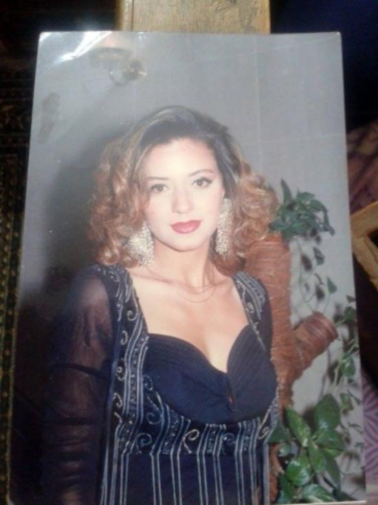 صورة قديمة جداً لرانيا يوسف تشعل مواقع السوشيال ميديا بعضهم لم يتعرف عليها!