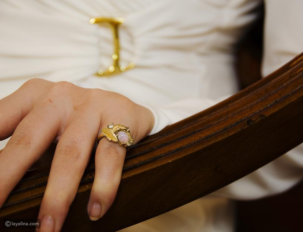 الخاتم في الأصبع الصغير