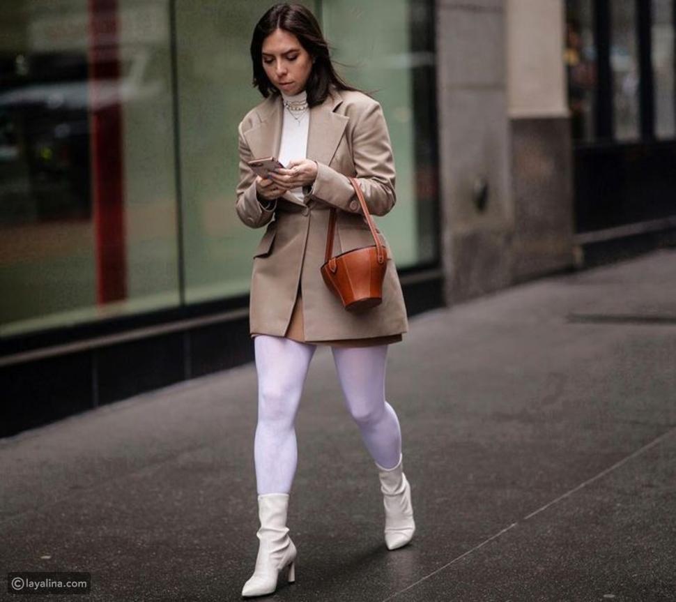 جوارب بيضاء