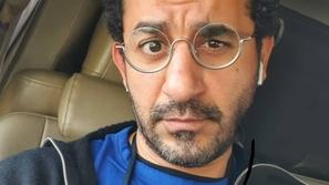 بطريقة طريفة جداً: أحمد حلمي يحذر متابعيه من فيروس كورونا