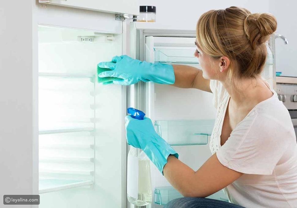 تنظيف الثلاجة بكربونات الصوديوم