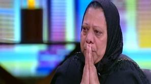 شقيقة أحمد زكي تنهار باكية على الهواء بعد بيع مقتنياته وما قالته مؤلم