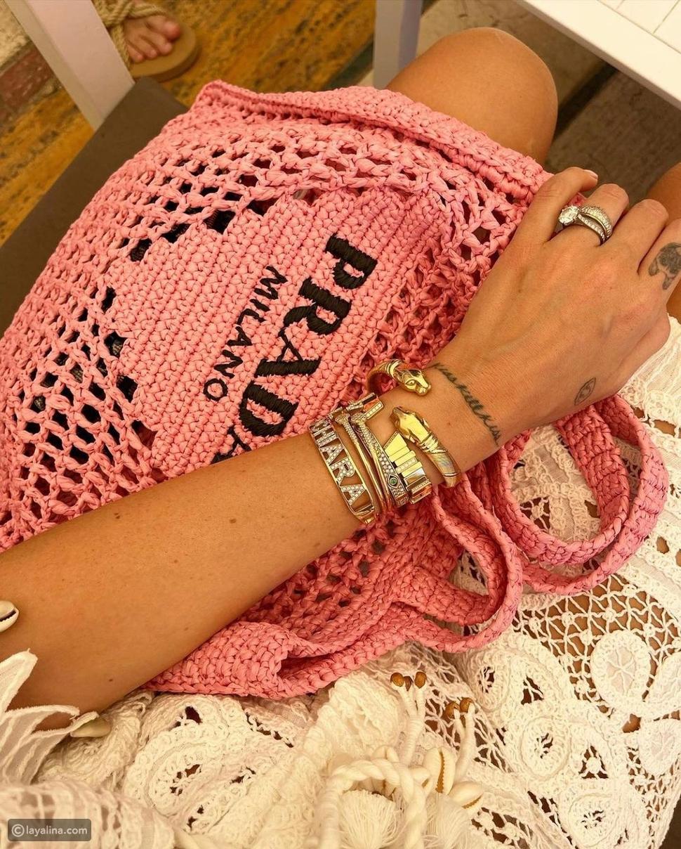 حقيبة Prada من القش