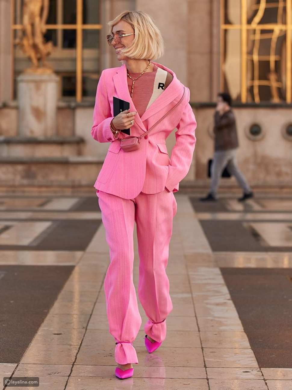 البدلة الوردية
