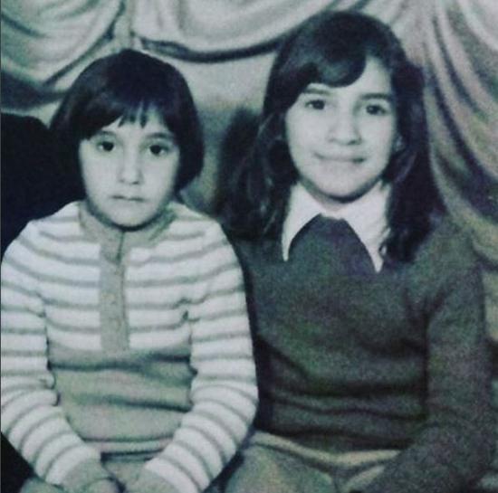 صورة سحر حسين وهدى حسين أيام الطفولة تشعل انستقرام