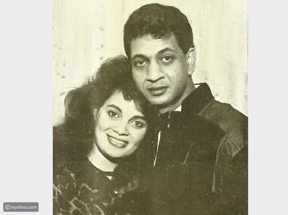 تعرفوا على الفنانة الشهيرة زوجة المنتج محمد السبكي في صورة نادرة لهما في شبابهما