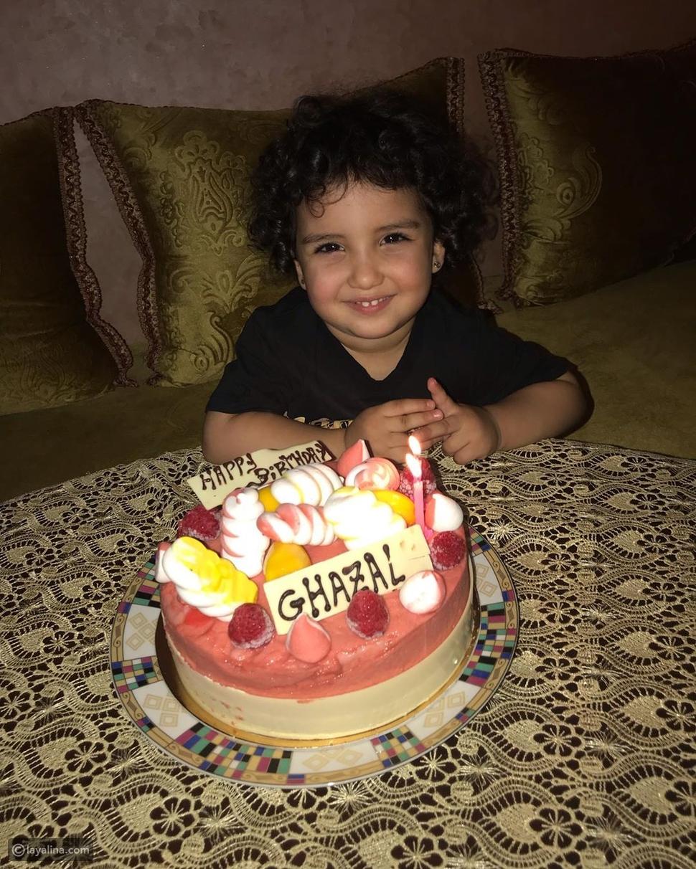 هكذا احتفلت دنيا بطمة بعيد ميلاد ابنتها غزل الترك