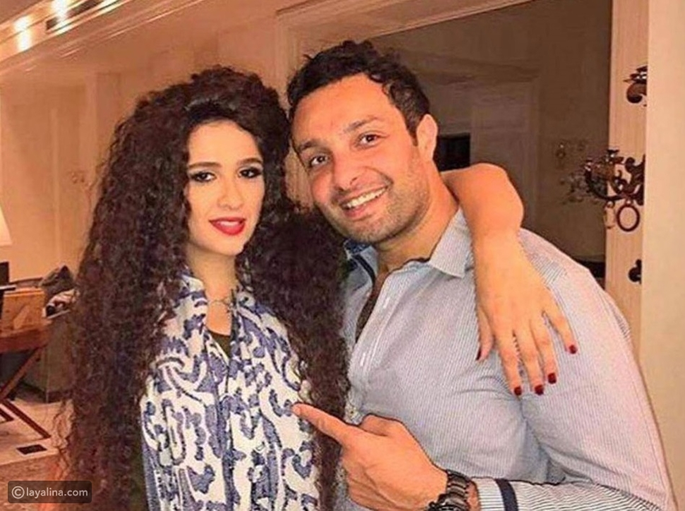 ياسمين عبد العزيز وشقيقها