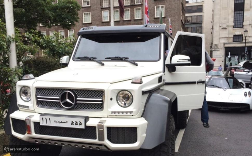 سيارات دخلت قلب البطل السعودي يزيد الراجحي