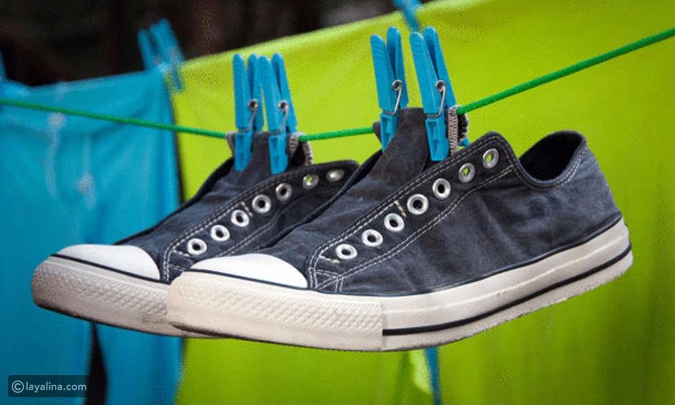 تجفيف الأحذية في النشافة