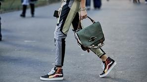 7 أحذية على الموضة هي الأكثر تداولاً هذا العام بين الفتيات