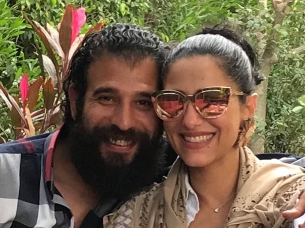 النجمة حنان مطاوع مع زوجها المخرج المسرحي أمير اليماني