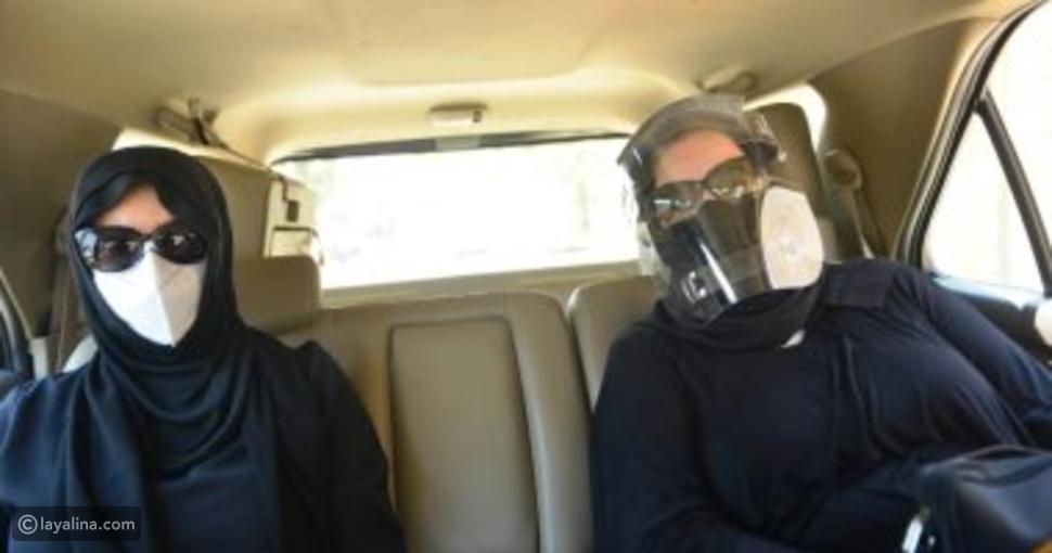 دلال عبد العزيز وميرفت أمين في جنازة رجاء الجداوي