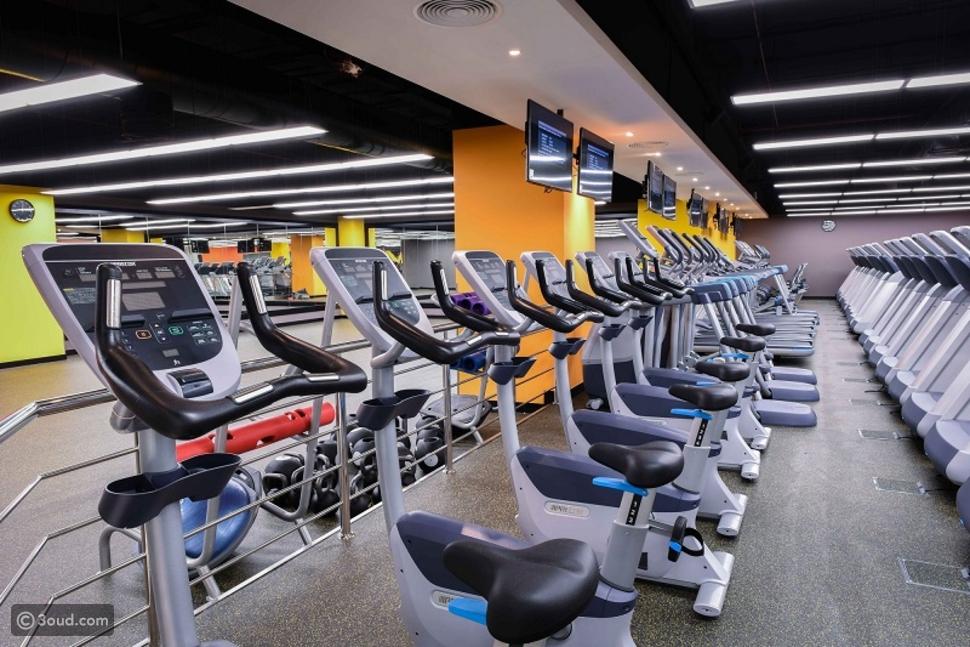 Gold's Gym يقدم عروضاً استثنائية بمناسبة يوم المرأة الإماراتية