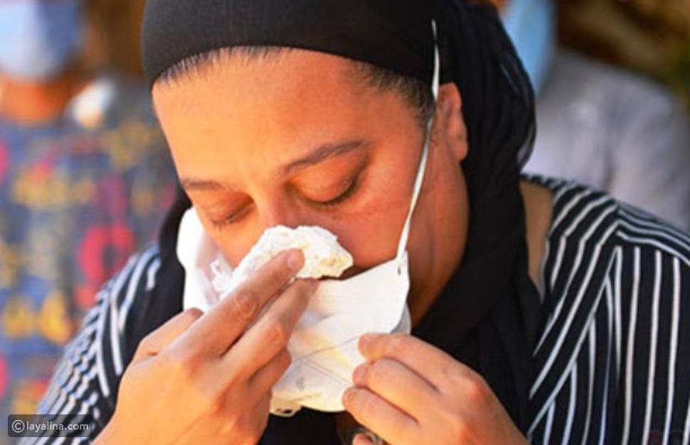 بكاء ابنة رجاء الجداوي في جنازتها