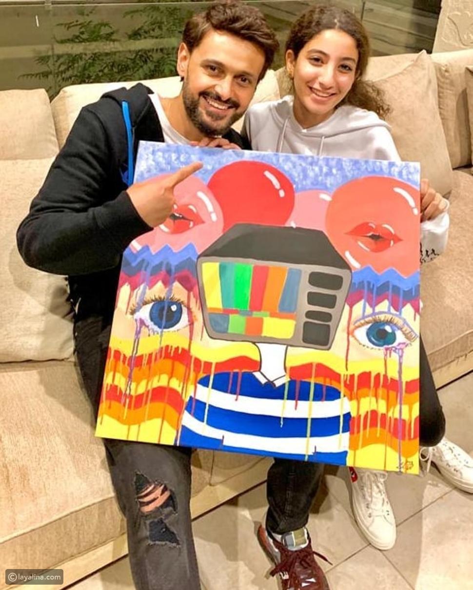 رامز جلال يكشف عن هدية مفاجئة من لي لي ابنة أحمد حلمي.. وهذا رد فعله