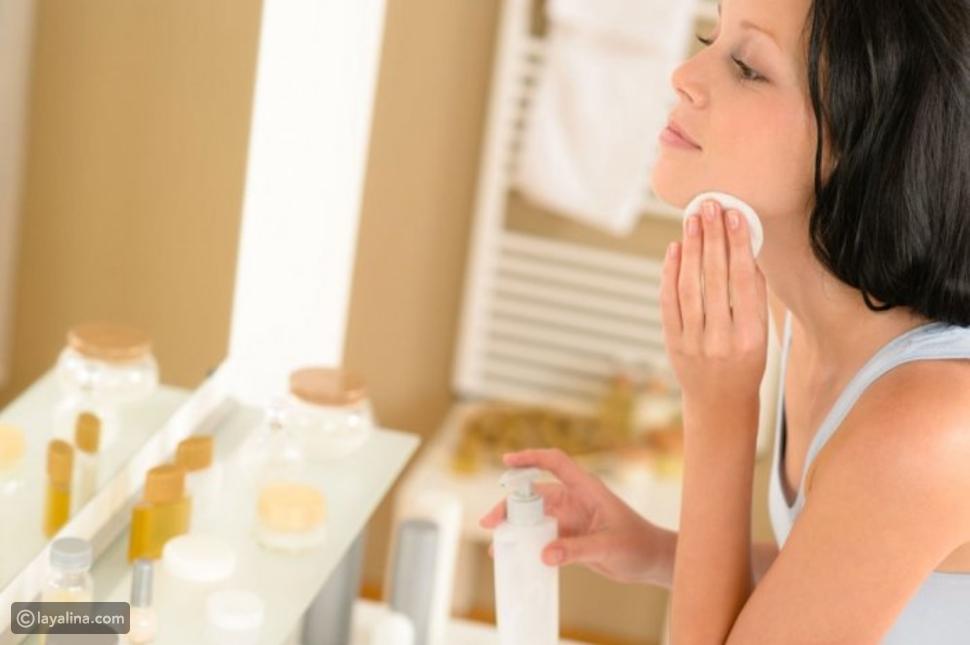 وصفات تحمي بشرتك من تأثير المكياج عليها