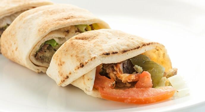 صورة ساندويش الفلافل العربي