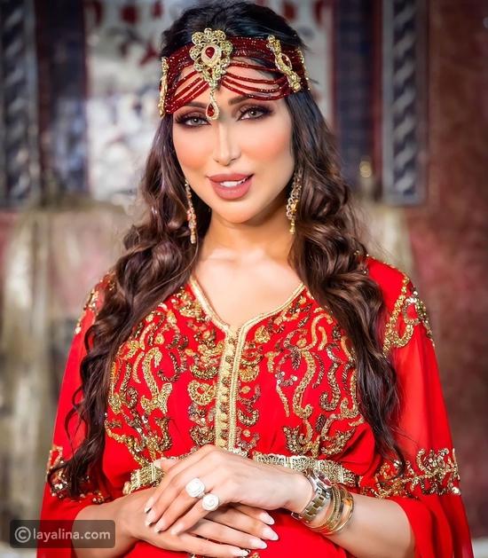 دنيا بطمة تكشف معاناتها بسبب ابنتها ومجوهراتها تحدث ضجة