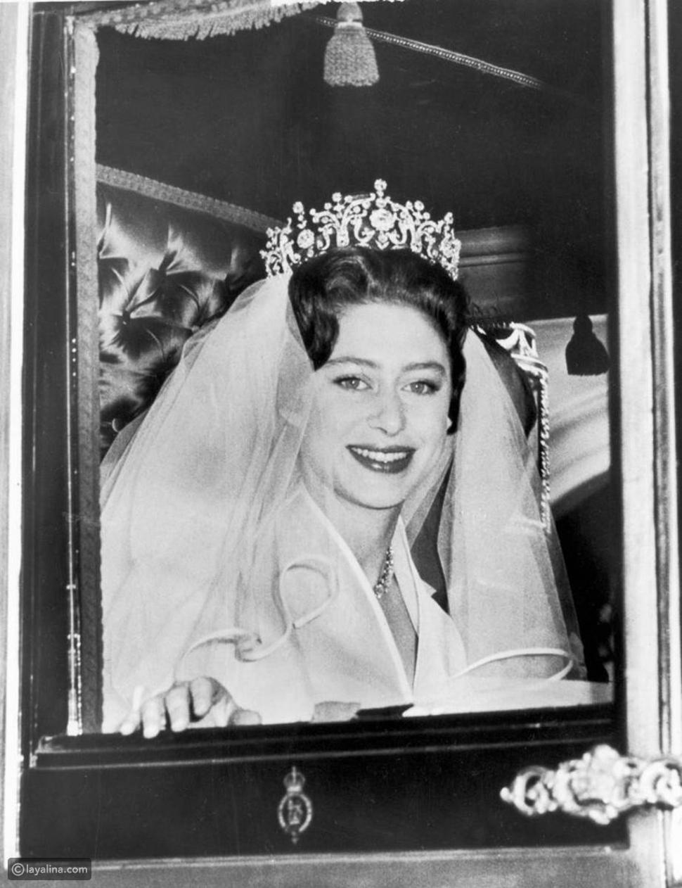 الأميرة مارجريت ترتدي تاج بولتيمور في حفل زفافها عام 1960