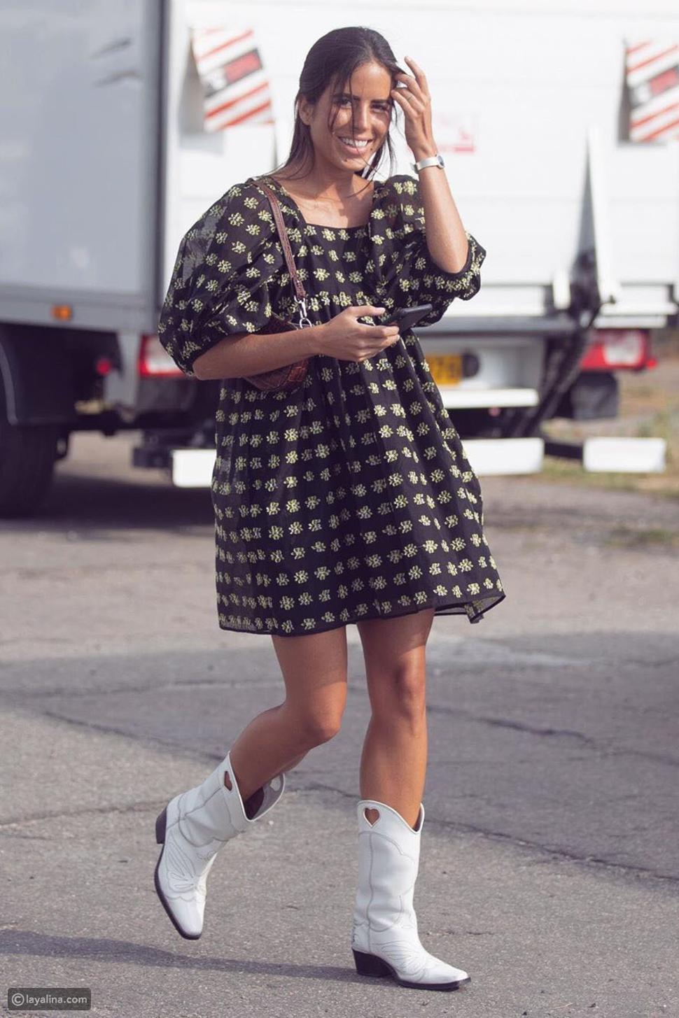 فستان ميدي قصير وحذاء كاوبوي