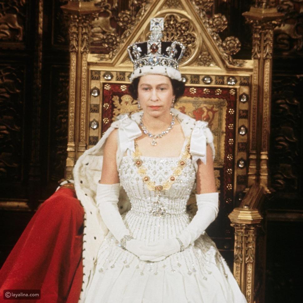 تاج الملكة إليزابيث يوم التتويج