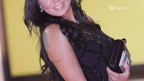 بعد أزمة فستانها المثير.. رانيا يوسف في جلسة تصوير من داخل حمام سباحة!