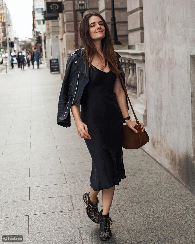فستان ساتان مع جاكيت جلد