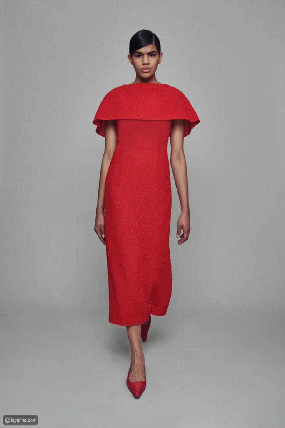 فستان مع الكاب من مجموعةEmilia Wickstead